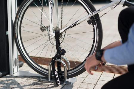Automatisches Fahrradparksystem Diebstahlsicher