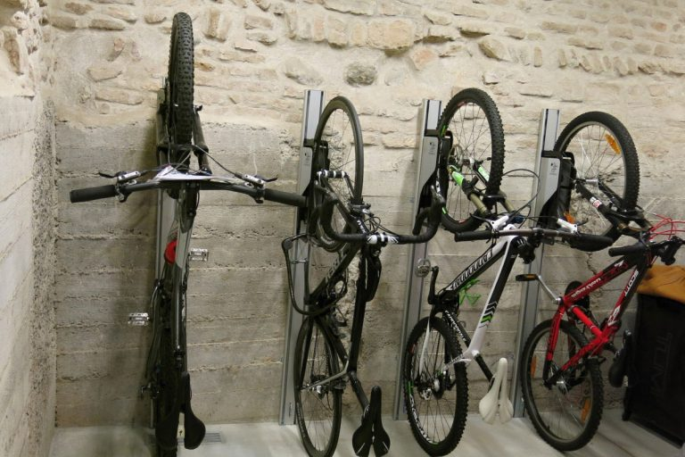 Wandaufhängung Fahrrad